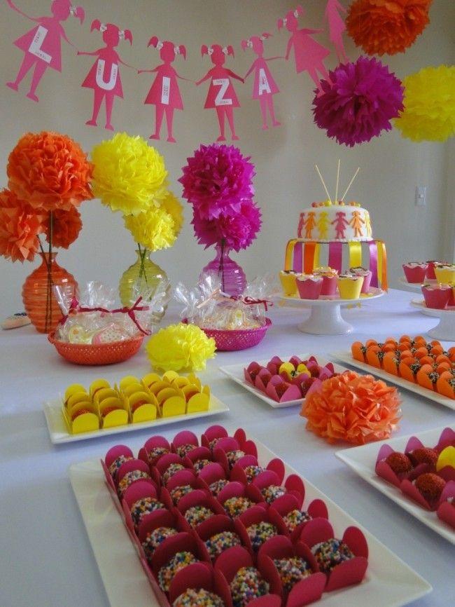 pom poms in flower vases - buffet tables?