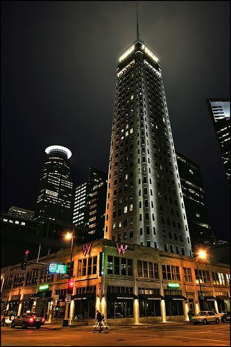 Foshay Tower The First Skyser Built West Of Mississippi And Tallest Building In Minneapolis Minnesotahotels