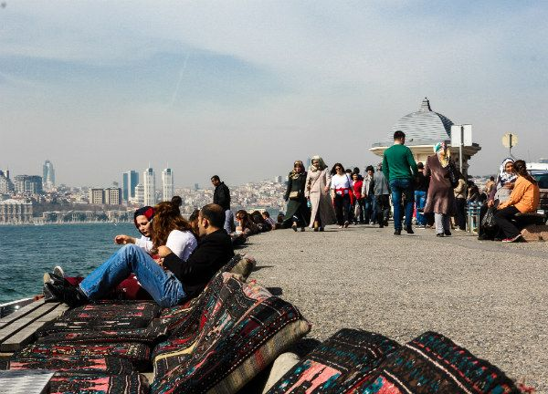 Spend an afternoon on the Asian side of Istanbul, soaking up the sun in Üsküdar.