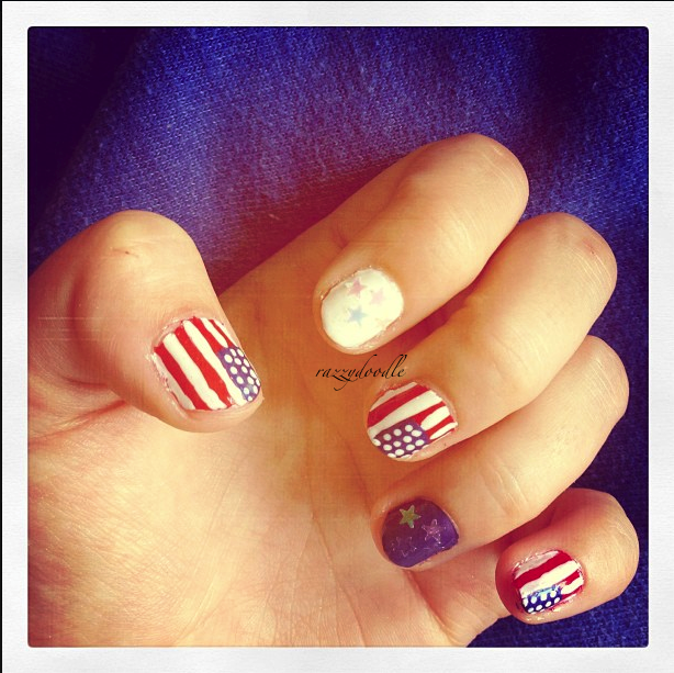 FOURTH OF JULY Nails - Stars and Stripes to celebrate the US Holiday!