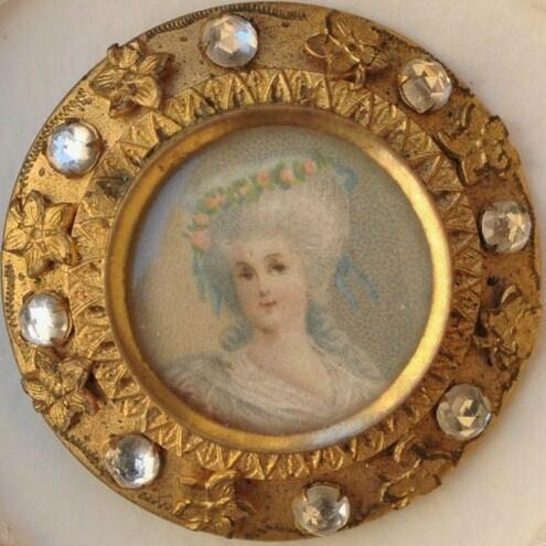 #myCollection14 Maria Antonietta 1800 Miniatura sotto vetro con 8 zafferi bianchi
