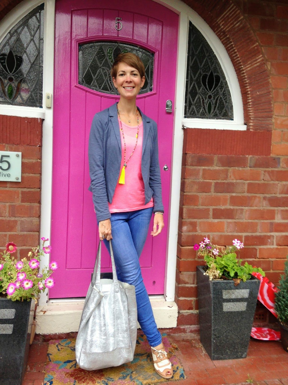 Style Guile: Casual in Hobbs heels and New Look jeans