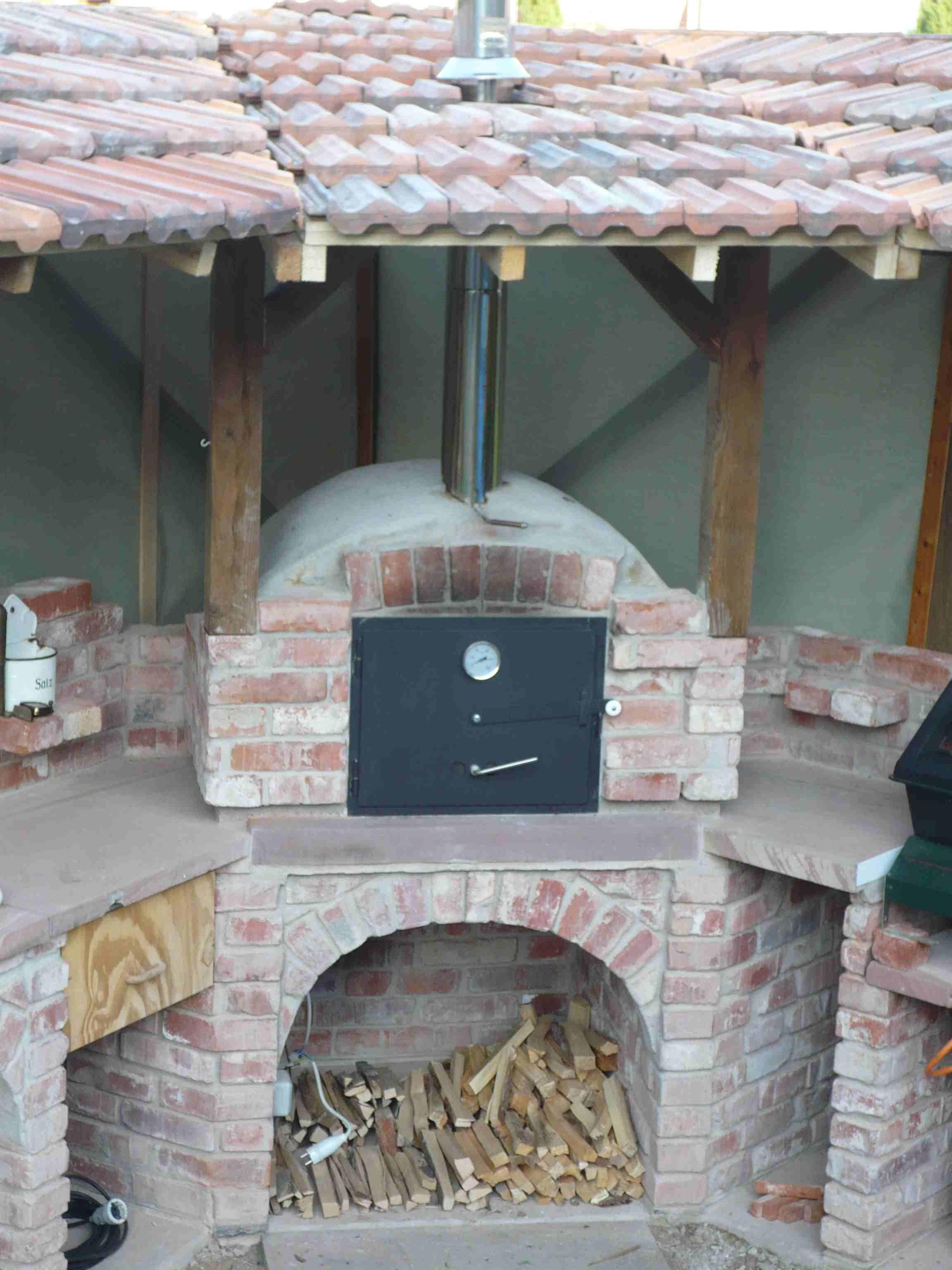 eine gemauerte gartenk che mehr als nur ein grill grillplatz k che outdoor. Black Bedroom Furniture Sets. Home Design Ideas