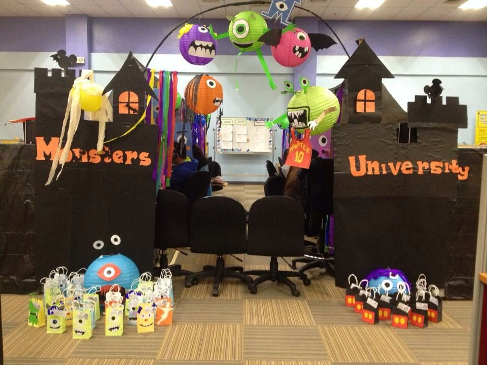 call center halloween pod decor monster university office decor pinterest. Black Bedroom Furniture Sets. Home Design Ideas