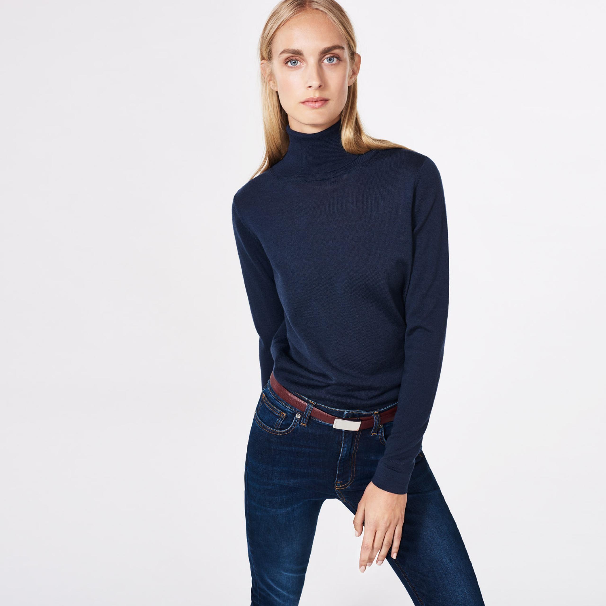GANT - Merino Wool Turtleneck Sweater Marine til Dame | Officiel hjemmeside