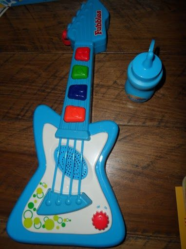 Lets Make Music (and Blow Bubbles) with the Fubbles No-Spill Bubble Guitar! #Review