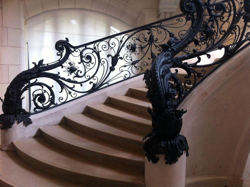 Paris le petit palais en bateau lakevio petit - Architecte interieur paris petite surface ...