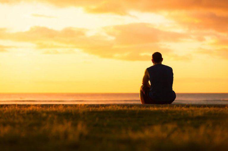 imagenes de hombres tristes y solos