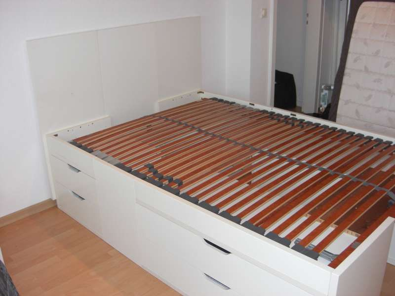 Ikea hackers stolmen bed small apartment ideas for Platform bed with drawers ikea