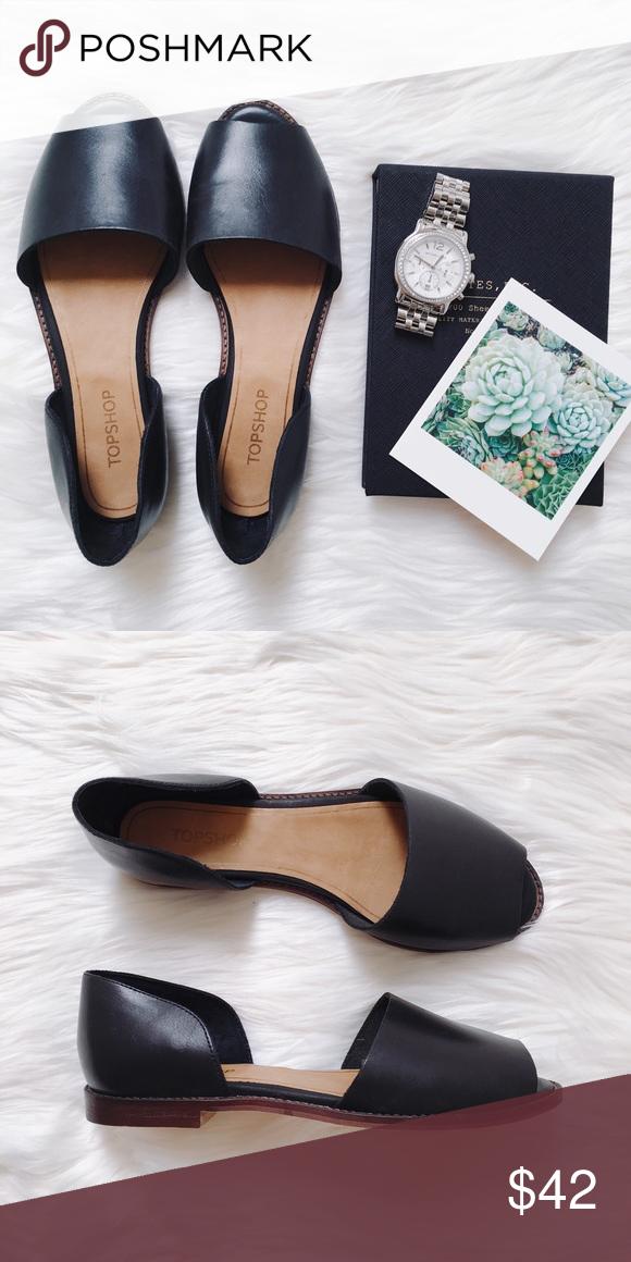 Topshop • black peep toe flat sandal