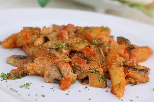Schupfnudel-Hähnchen-Gemüsepfanne von angimaus | Chefkoch