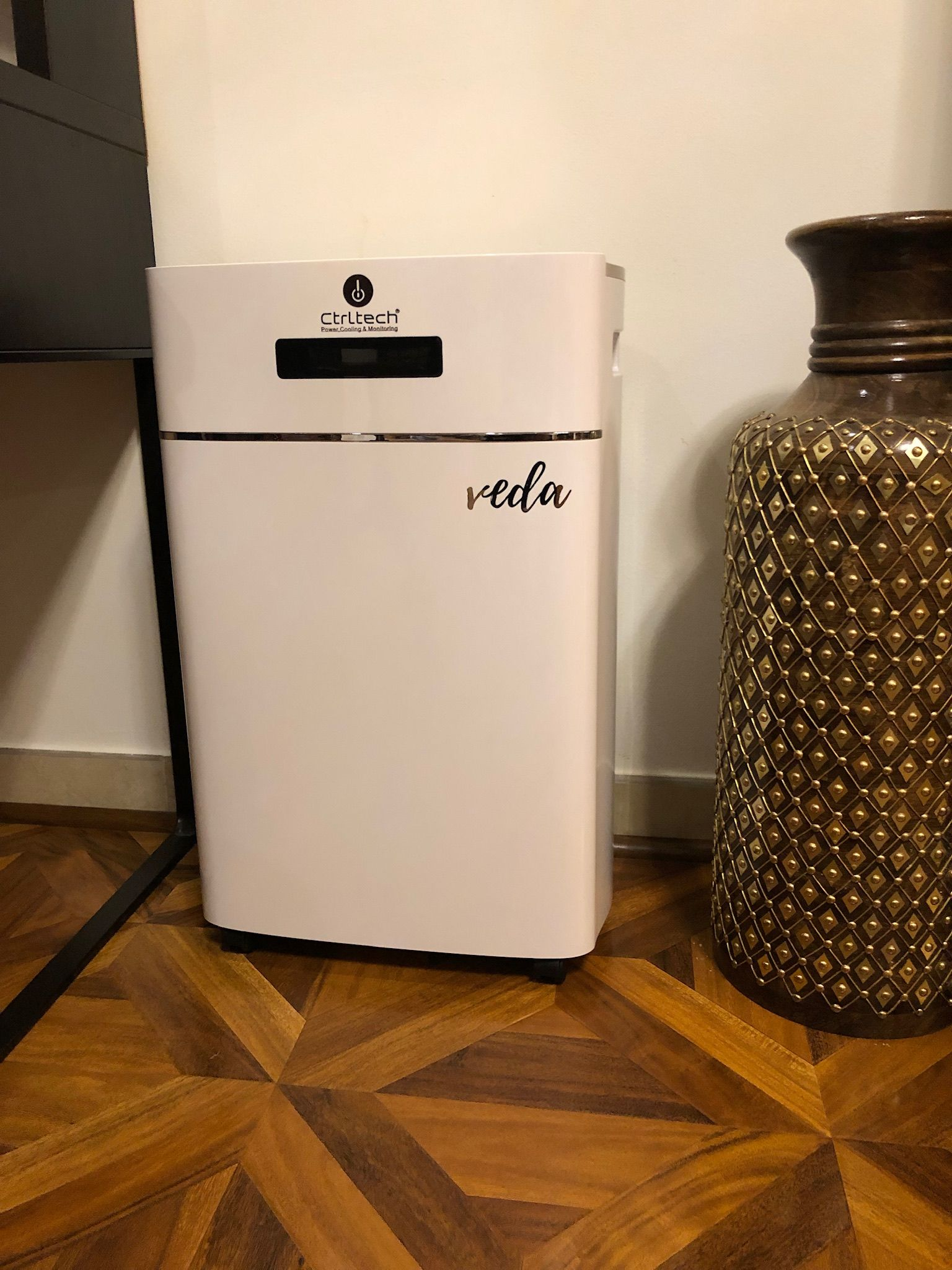 Veda Best Dehumidifier Sale For Room Dehumidifiers Glossy White Design