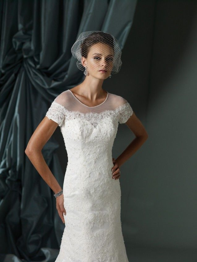 Traditional Wedding Dresses For Mature Women : Traditional Wedding ...