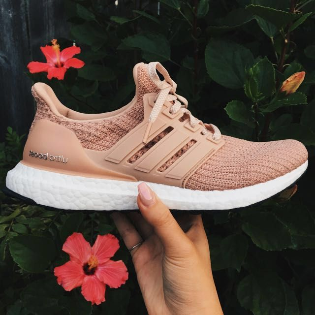 promo code f2138 69d9f Adidas Ultra Boost 4.0 Ash Pearl, Women s Fashion, Shoes on Carousell