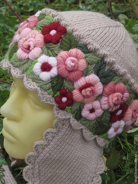 Как вышить цветок на вязаном берете
