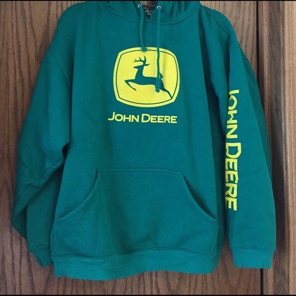 c8029058d406 Shop Women s Green Yellow size L Sweatshirts   Hoodies at a discounted  price at Poshmark. Description  John Deere hooded sweatshirt Never worn  Size L. ...