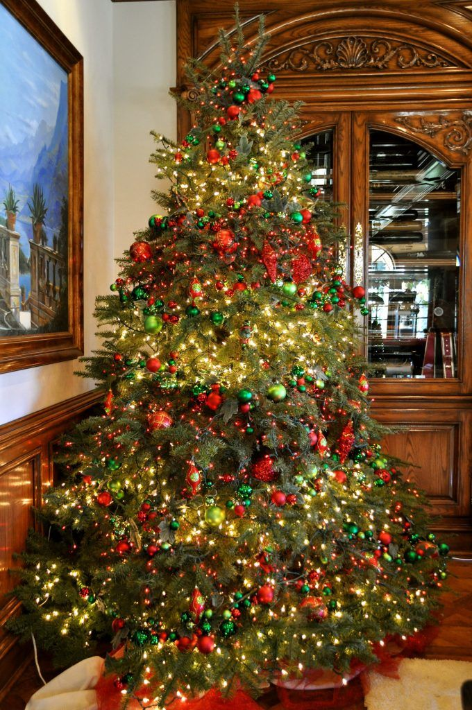 Of late, we've seen several variations and trends pertaining to the Christmas  tree. From plastic Christmas trees to aluminum trees, there has been an  influx ... - Top Victorian Christmas Tree Decoration Ideas Christmas Tree