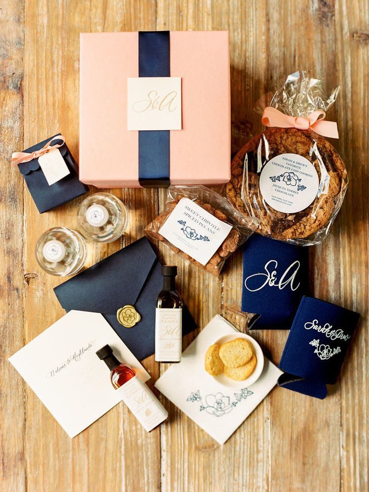 Custom guest gift boxes for sarah and drews