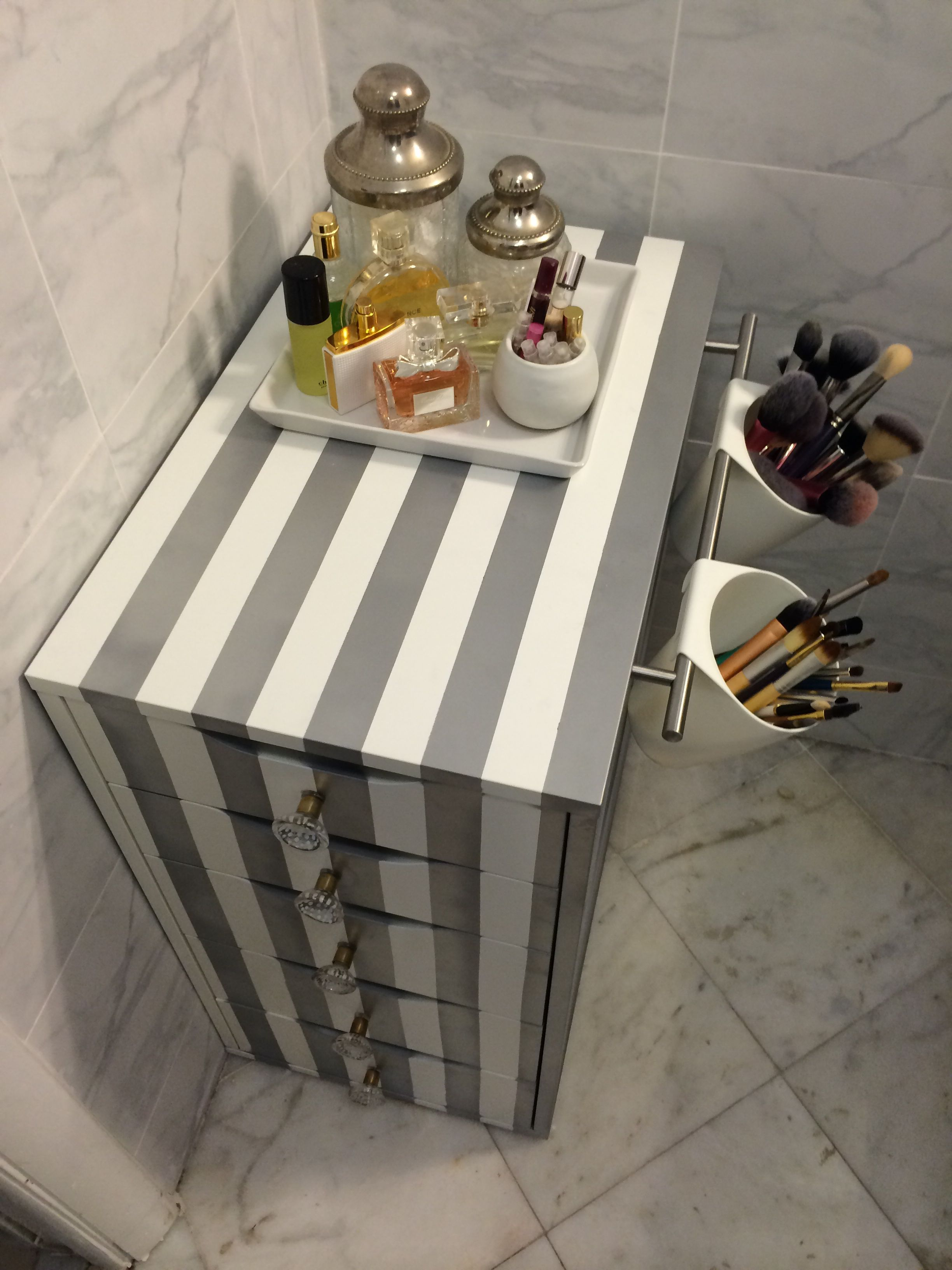 Pin by sapphron phillipson on makeup storage in pinterest