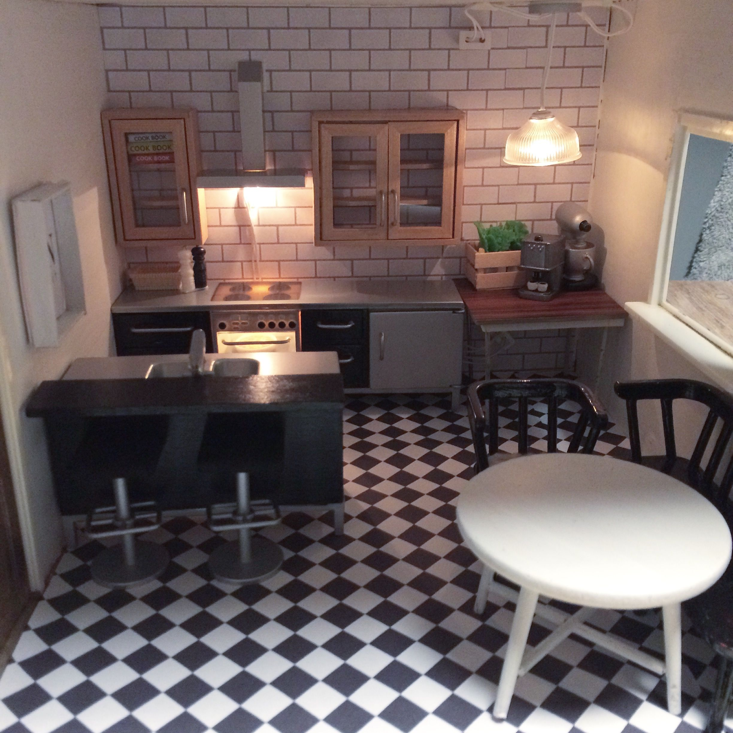 The kitchen in the Lundby Dallas house