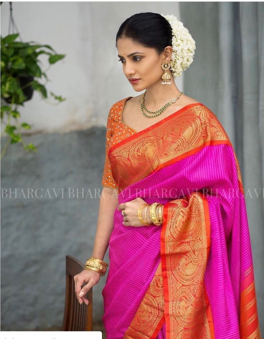 14 Most Elegant Saree Designs – Saree Wearing Tips and Ideas images
