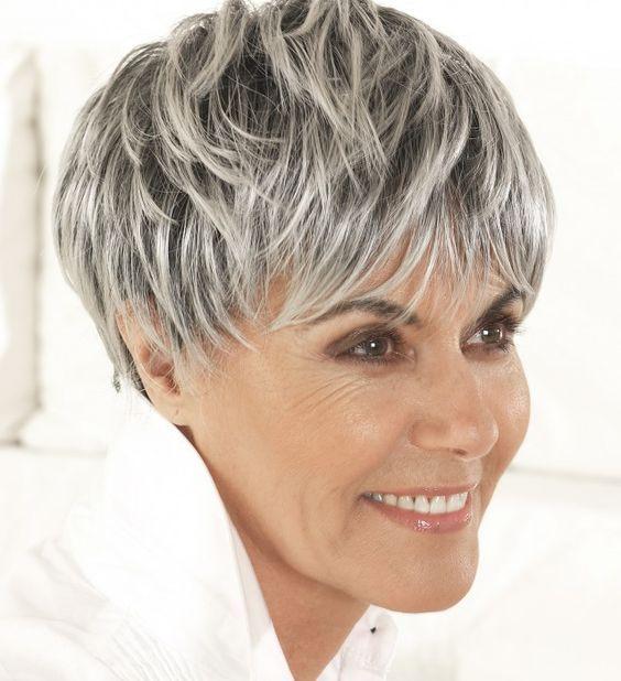 R sultats de recherche d 39 images pour cheveux courts m ches 2 couleurs gris 50 pinterest - Couleur cheveux gris ...