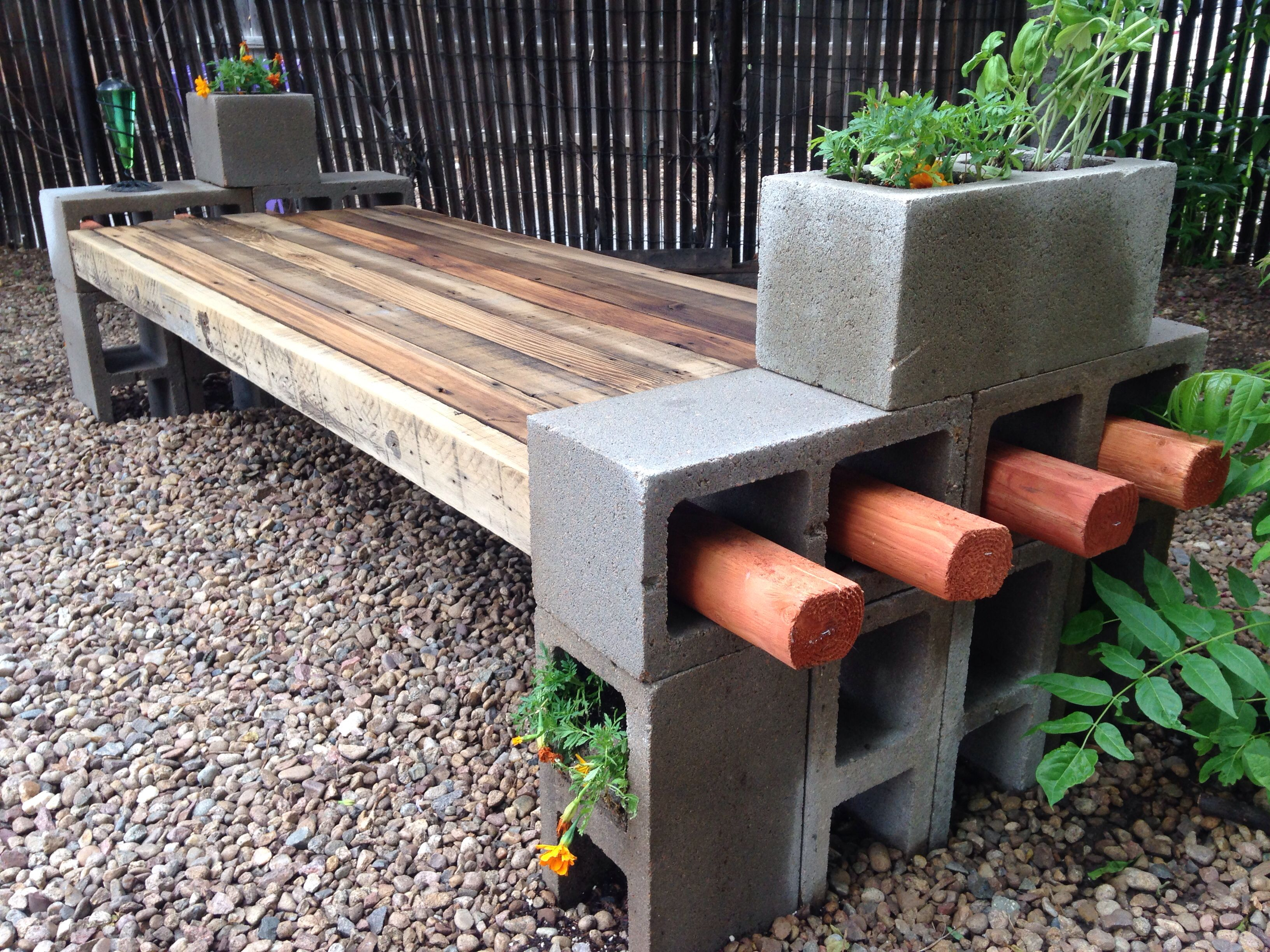 Diy patio furniture cinder blocks - My Take On The Cinder Block Bench Using Repurposed Fence Wood