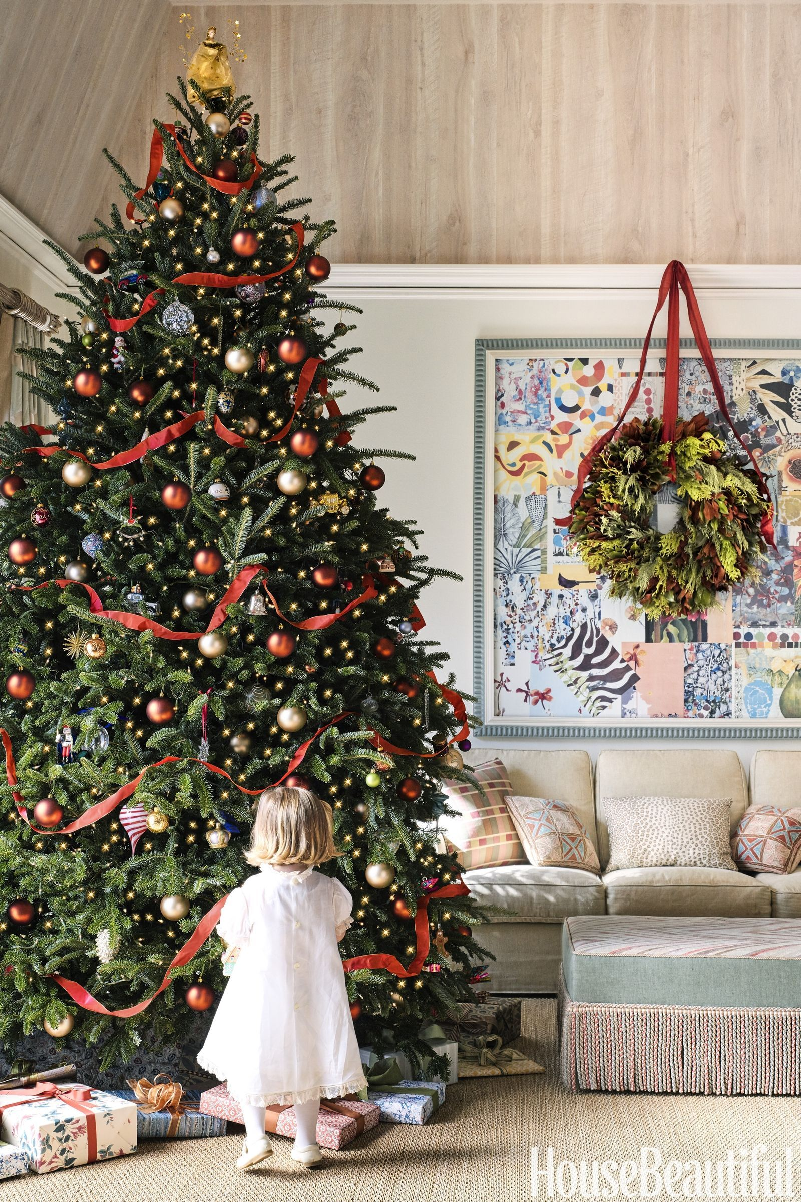 60 Christmas Tree Decorating Ideas That Ll Seriously Upgrade Your Holiday Classic Christmas Tree Elegant Christmas Trees Amazing Christmas Trees