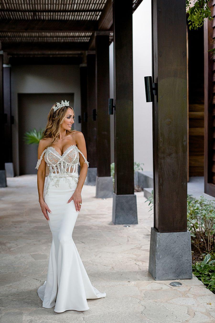 Glamorous Luxe Romantic Wedding in Cancun   Destination Wedding ...