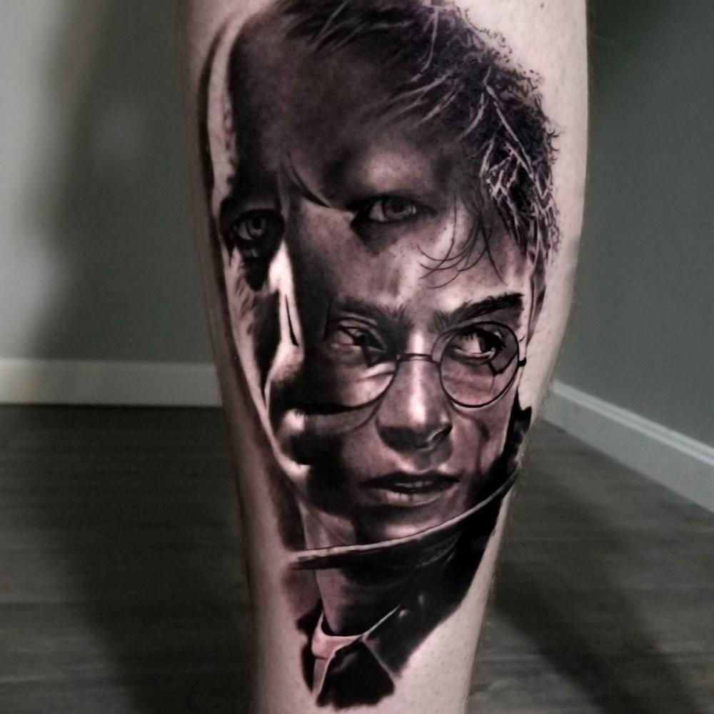 Kasey Gonzalez Tattoo Artist In 2020 Tattoo Artists Tattoos Calf Tattoo