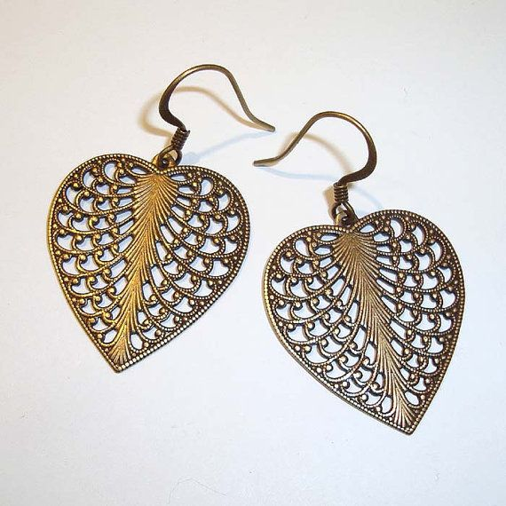 Shoply.com -Antique Gold Filigree Heart Earrings. Only C$4.95