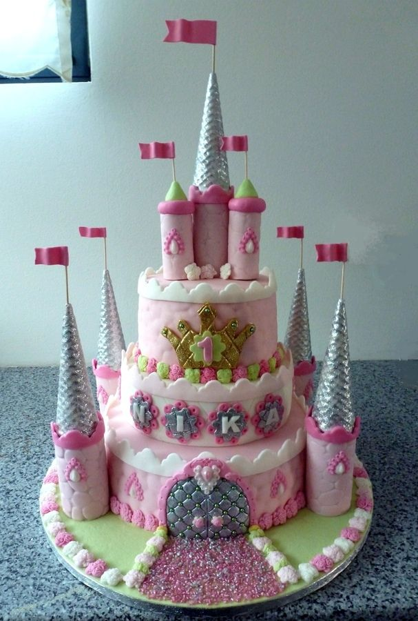 castle cakes for girls birthday Birthday cake for 1yr old girl