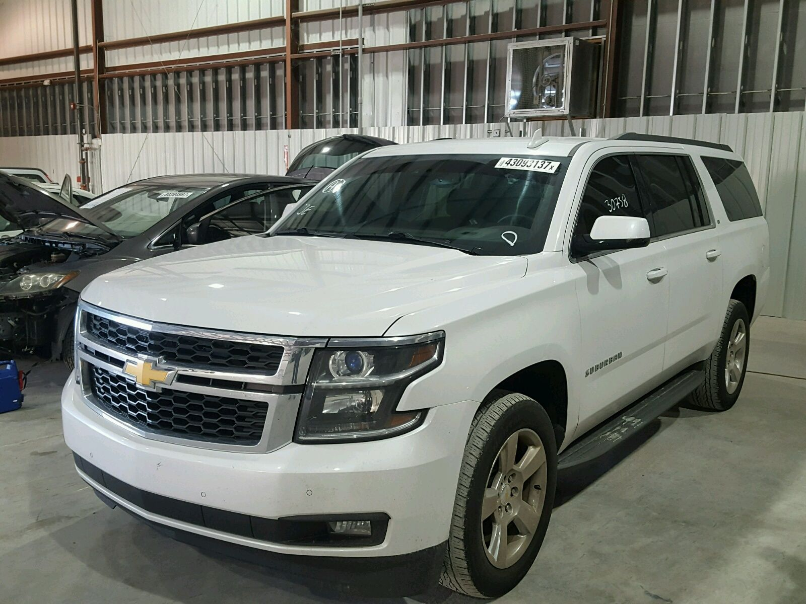 Salvage 2016 Chevrolet Suburban Lt salvage forsale denali TAHOE