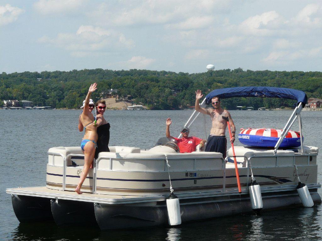 Boat jet ski cruiser rentals lake of the ozarks party