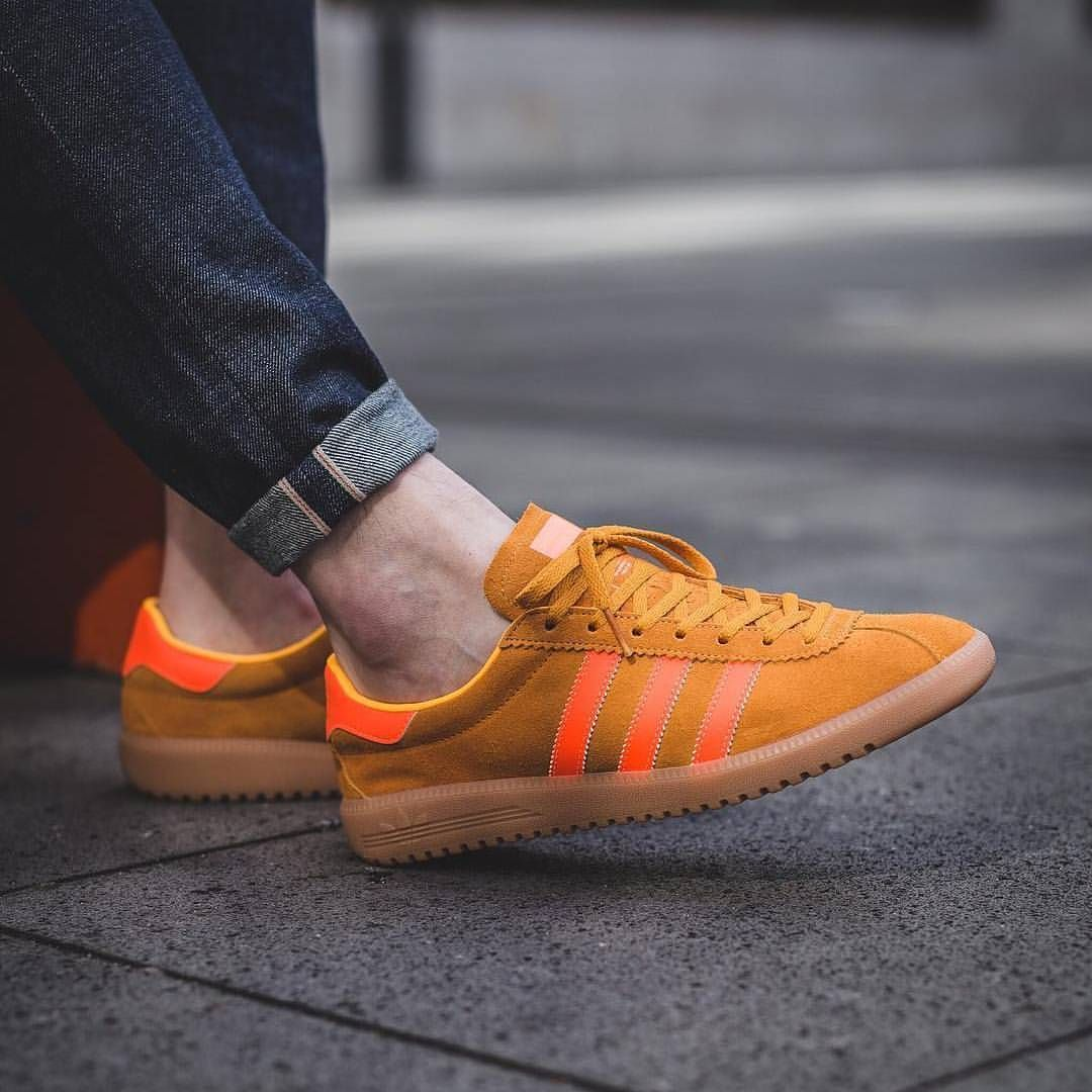 ff027df47fe adidas Originals Bermuda  Solar Gold Solar Orange