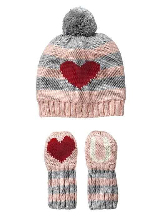 Valentine s Day outfit  Love U hat from Gap  ValentinesDay  baby ... 92b7a865a15