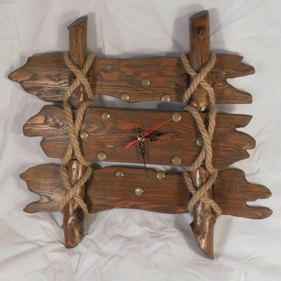 Artikel ähnlich Old Fence hölzerne Wanduhr, rustikal, Uhr aus notleidendem Holz auf Etsy