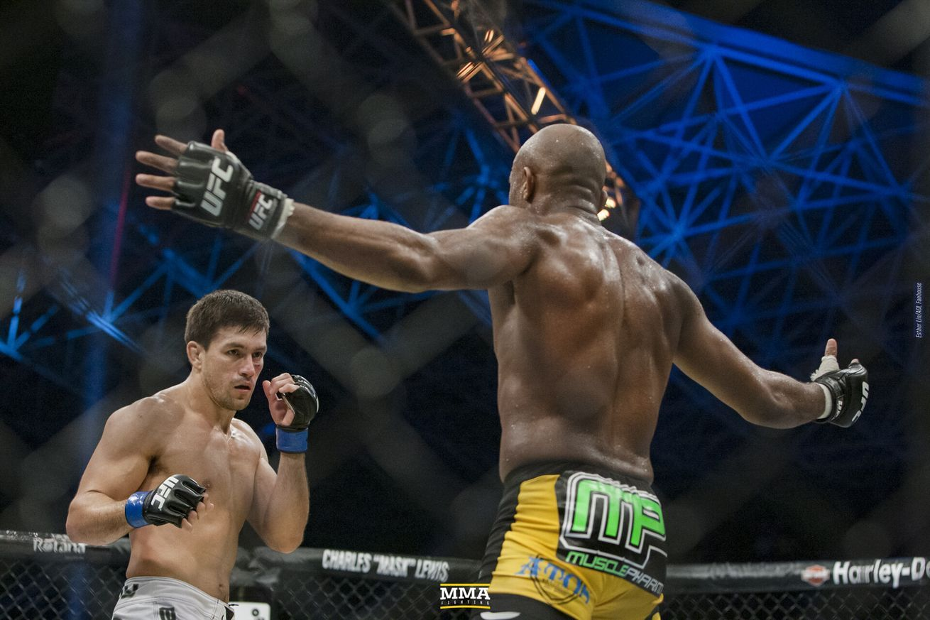 Video: On this day in MMA: UFC 112 edition in 2020 | Ufc, Ufc ...
