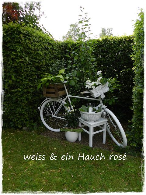 wei ein hauch ros fahrrad trifft blumen wei ein hauch rosa pinterest treffen. Black Bedroom Furniture Sets. Home Design Ideas