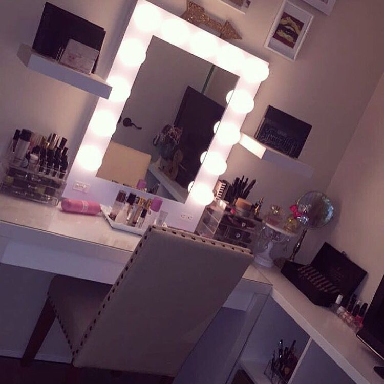 This Room By Hostet Features An L Shape Desk And Vanity Girls D