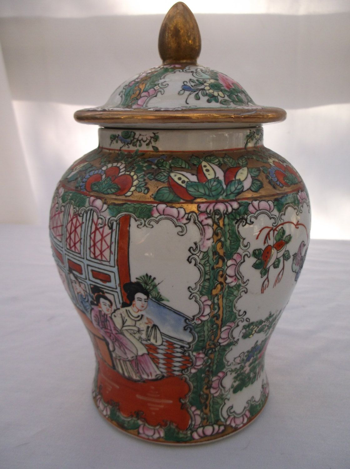 Temple Jar Chinese Famille Rose Canton Medallion Porcelain Mandrin Lid Urn Vase Hand Painted Oriental Home Decor Collectible 29 95 Via Etsy