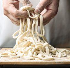 How To Make Udon Noodles Like Masaharu Morimoto Food Republic Rezept Asiatische Rezepte Hausgemachte Nudeln Rezept Rezepte Nudeln