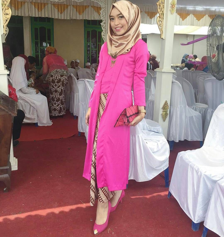 11 Ide Kebaya Kutu Baru Hijab Yang Bisa Buatmu Tampil