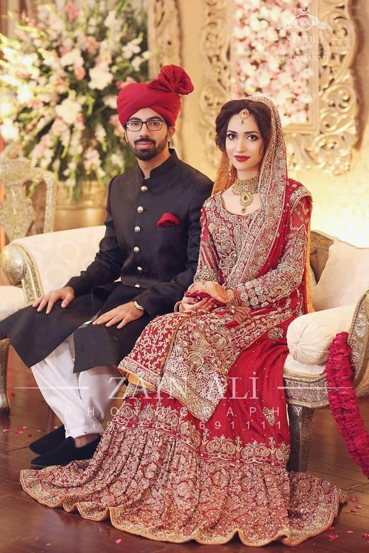 Pakistani bride  Pakistani bridal dresses, Pakistani bridal