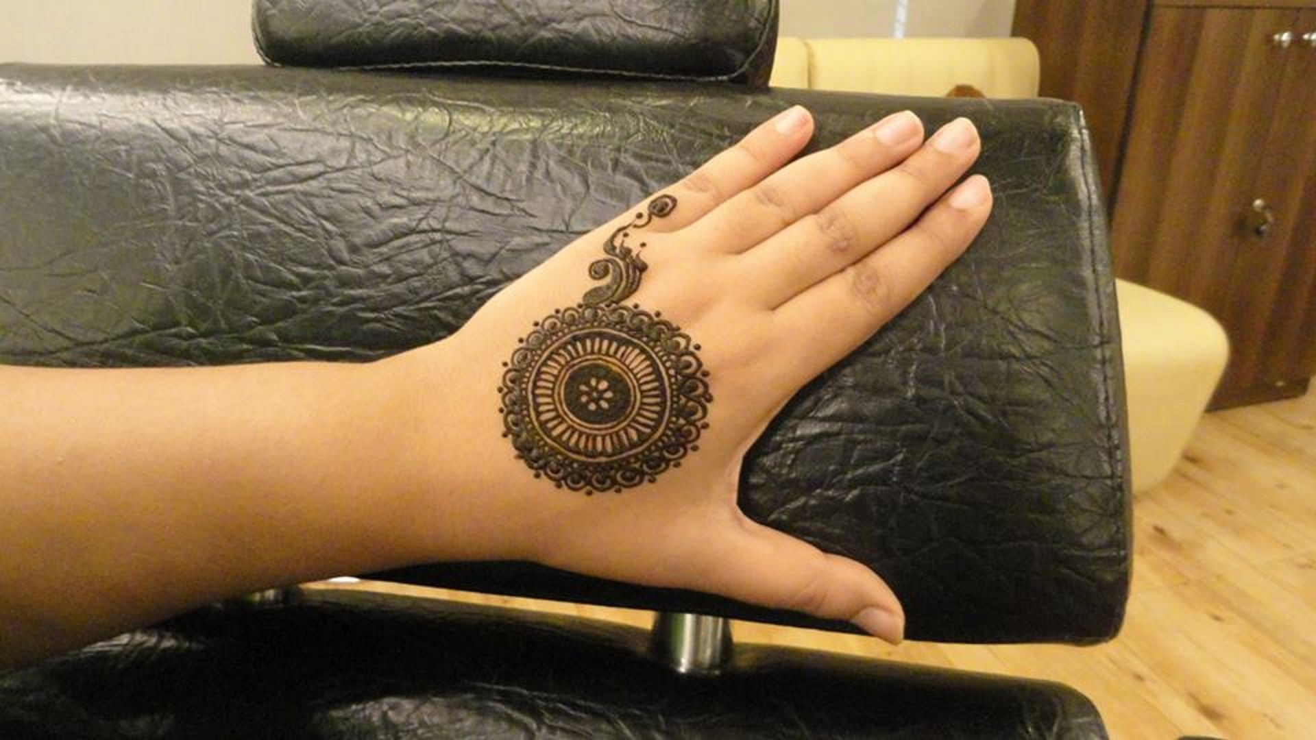 new-collection-of-beautiful-mehndi-designs-eid-ul-adha-free-hd