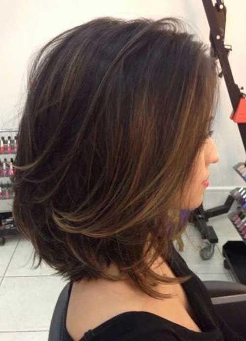 Dunkel braune kurze haare