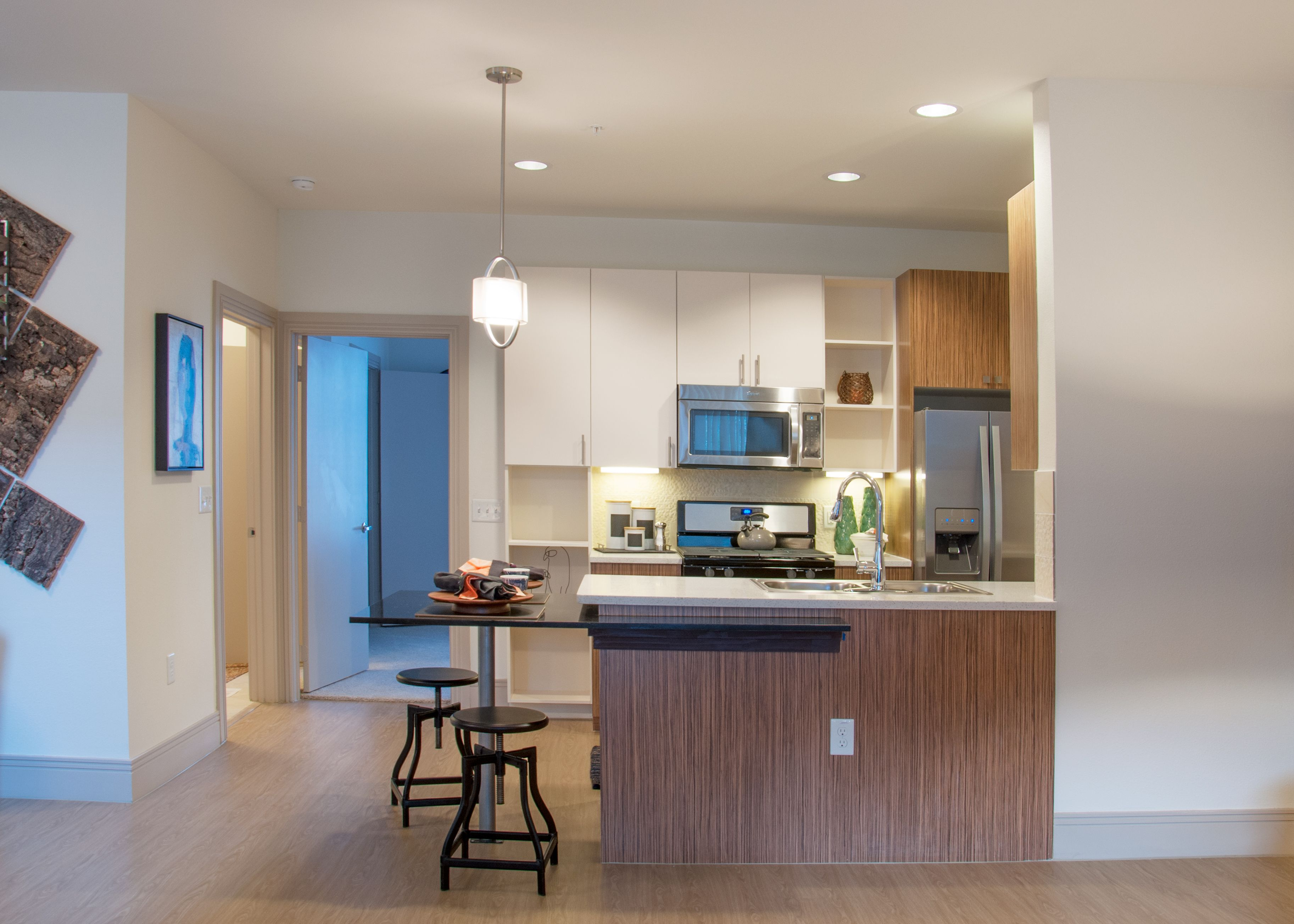 T2 Kitchens At Cielo South Lamar Feature Stainless Steel Appliances With A Gas Range And Quartz Countertops Interior Countertops Quartz Countertops