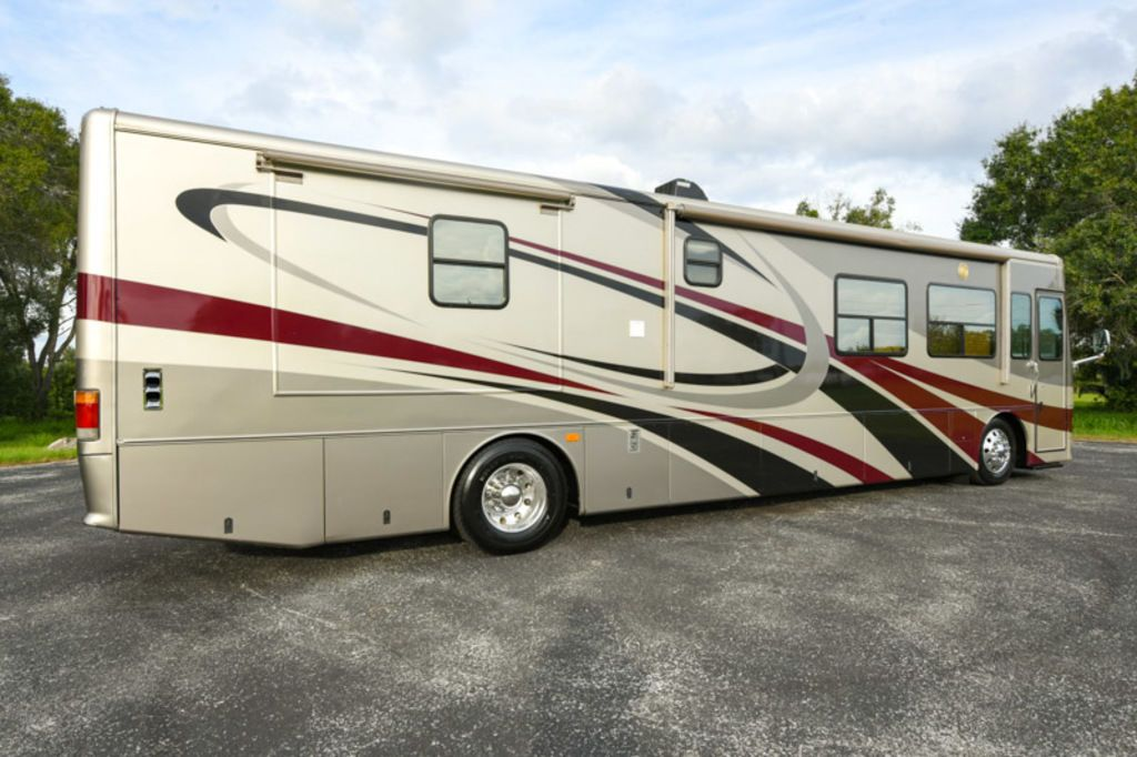 Used Motorcoaches, Motorhomes, and RVs For Sale in