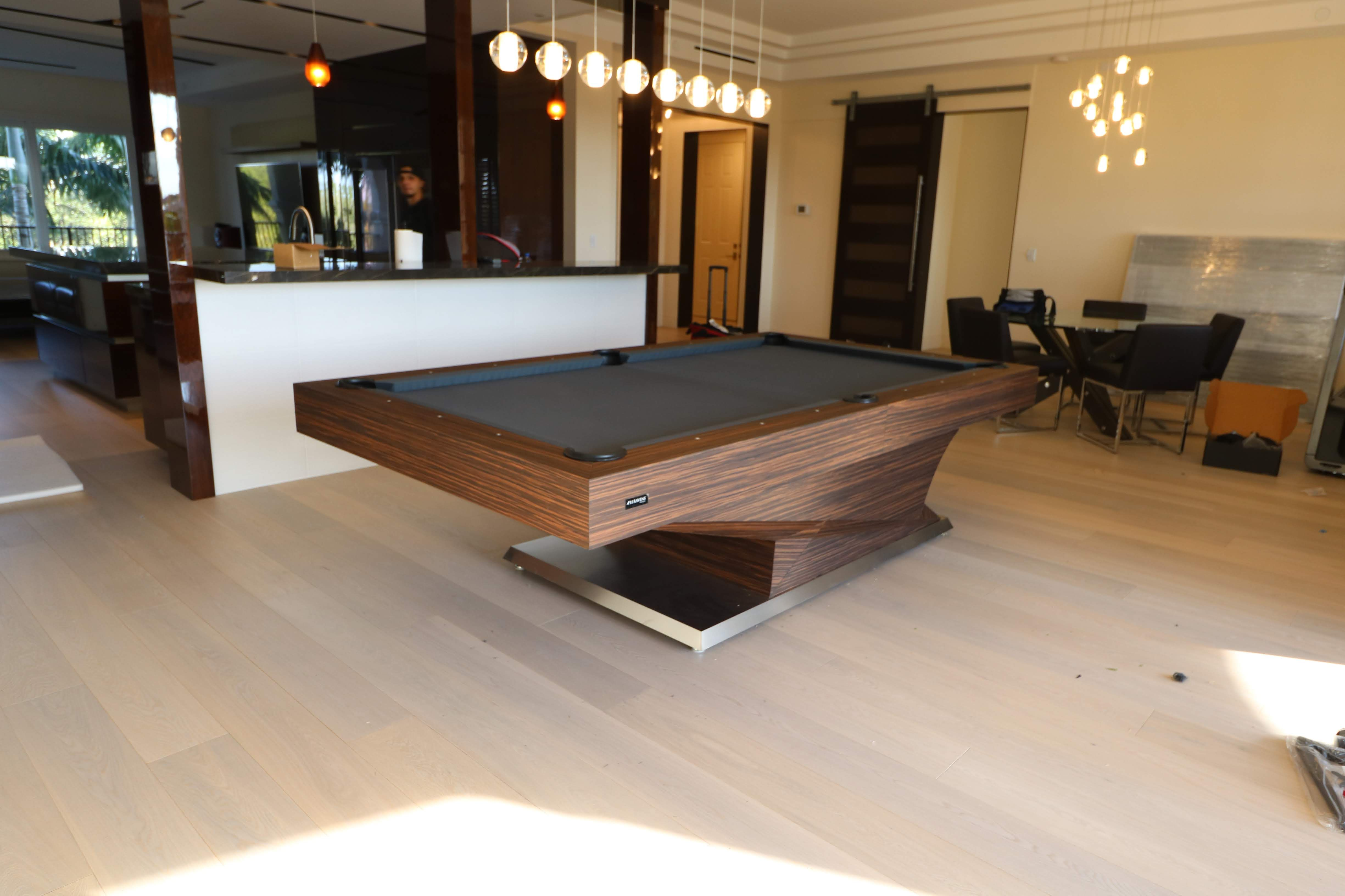 This Model Is The 11 Ravens Namesake Thus The Svelte Lines And Superlative Form Of This Design Envelopes Y Modern Pool Table Modern Pools Custom Pool Tables