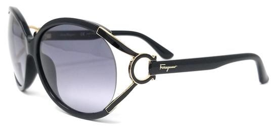 db045277e728 Free shipping and guaranteed authenticity on Salvatore Ferragamo Black Oval  Butterfly SunglassesGlamorous Salvatore Ferragamo sunglasses with sign.